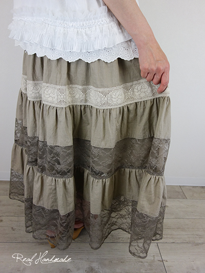 ワッシャーアンティーク風ラッセルレース4段ティアードスカート